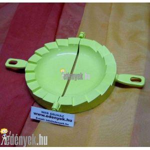 Derelyekészítő forma, derelyevágó 15 cm átmérővel
