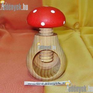 Gomba alakú tekerős diótörő fából P